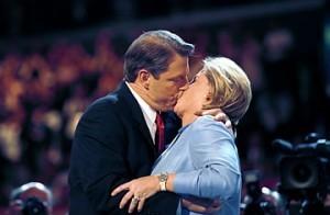 Al and Tipper Gore kiss