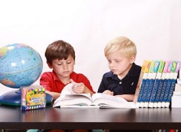 Learn Spanish for Kids Quickly in 4 Simple Methods