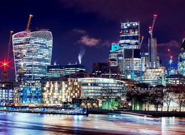 London Hotels and Luxury Car Rental at Low Prices