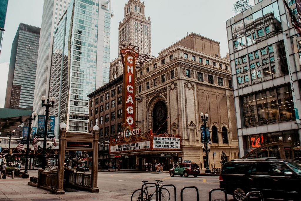 This image has an empty alt attribute; its file name is chicago-5347435_1920-1024x683.jpg